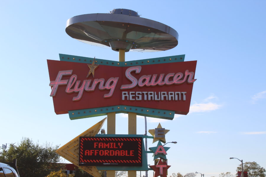 Flying Saucer Restaurant sign Niagara Falls