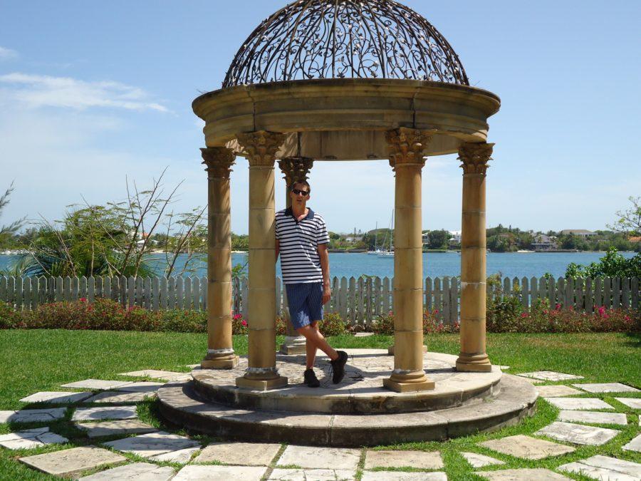 Paradise Island garden Bahamas