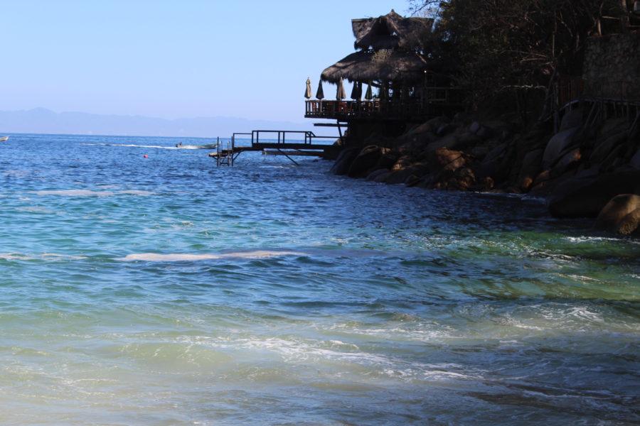 Ocean Grill Colomitos beach