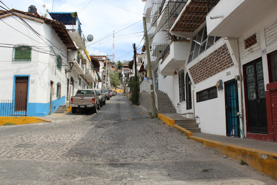 narrow streets of puerto vallarta