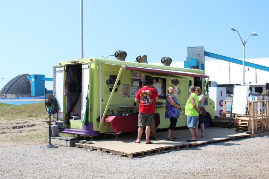 chip truck on Goderich Main Beach