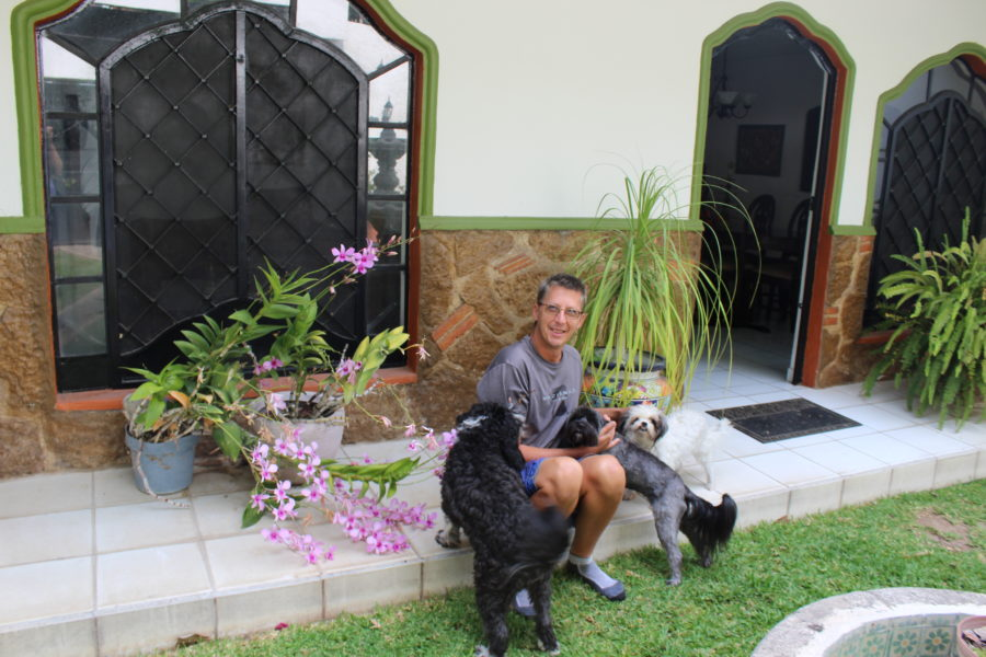 Jerry with 3 dogs in Ajijic Mexico