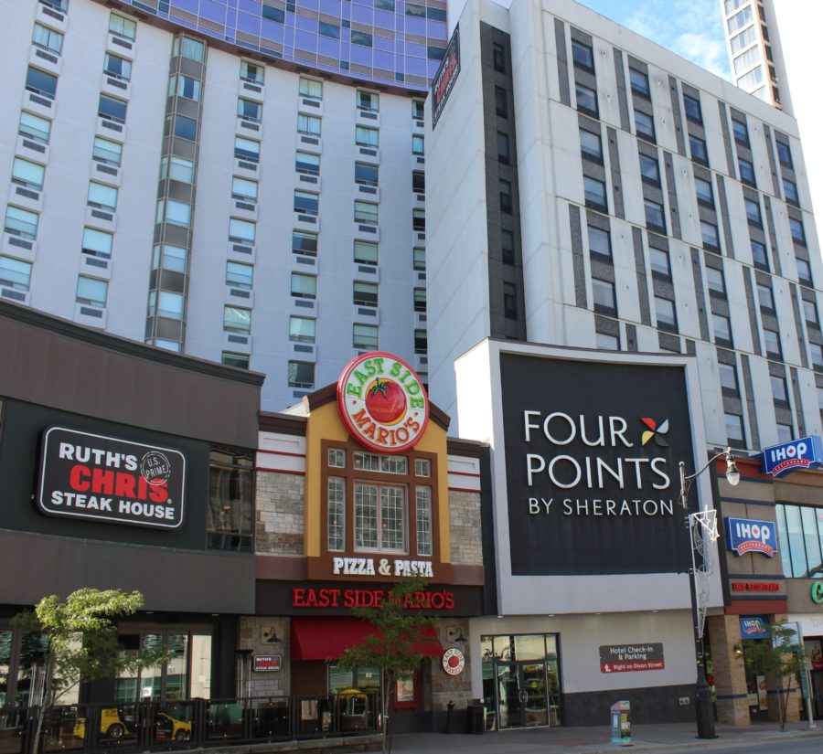 Four Points Hotel near the falls