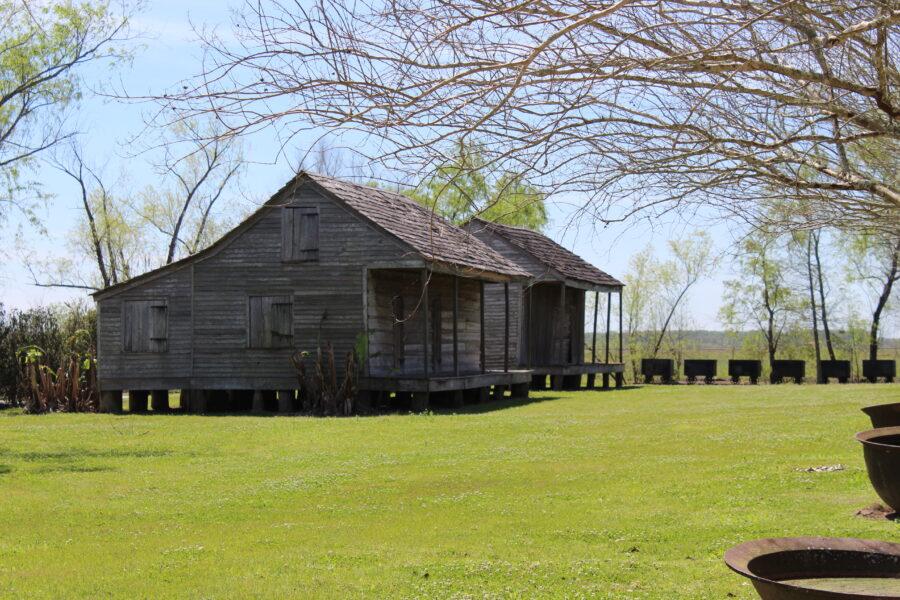 slave cabins on Whitney plantation