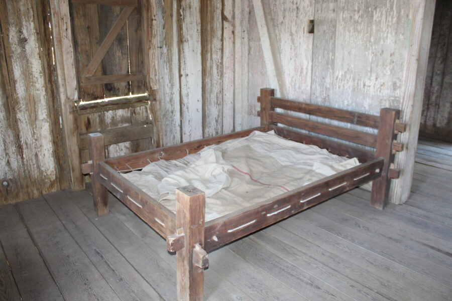 slavery bed on Whitney plantation