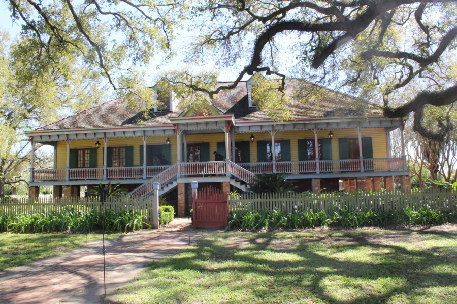 Laura Plantation owners house