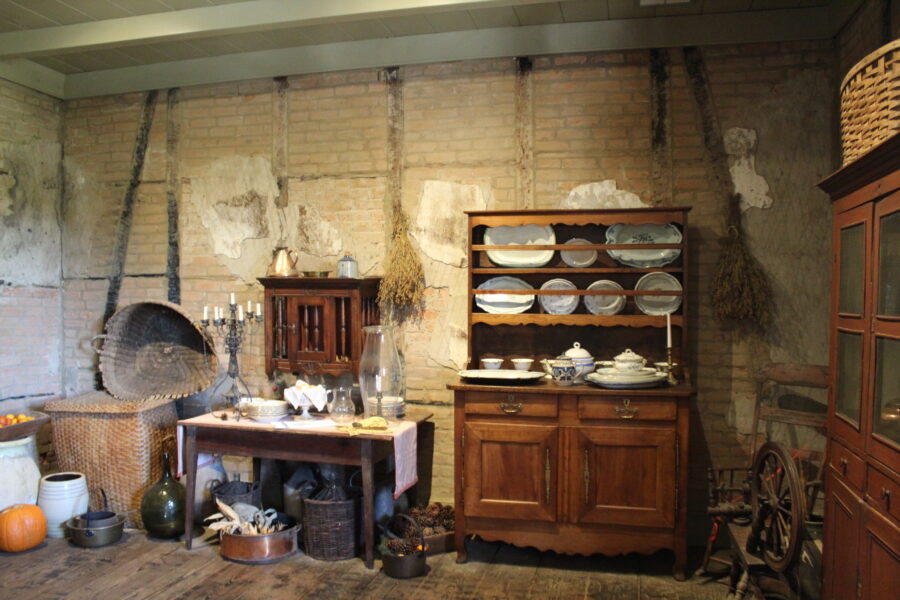 Laura Plantation kitchen