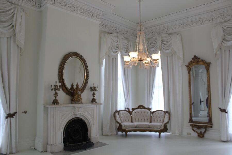 Nottoway mansion ballroom